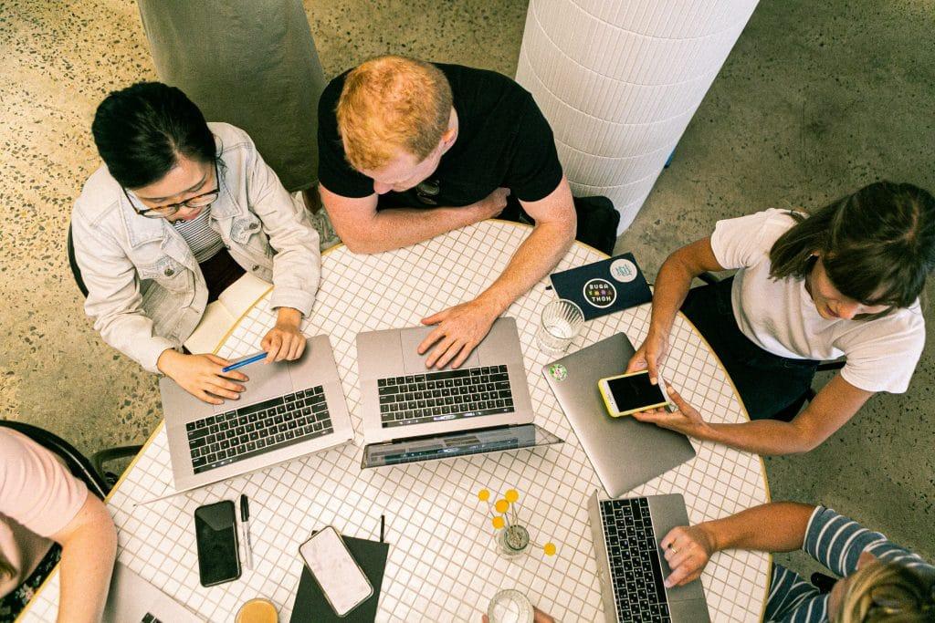 Les solutions numériques et digitales pour appréhender le contexte